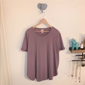 LIKE NEW Mossimo Short Sleeve Crew Neck in Xxl!